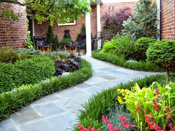 Lối dạo sân vườn kiến trúc tân cổ điển