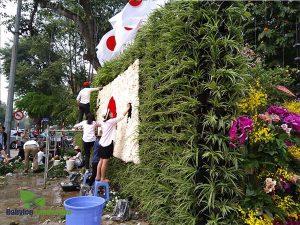 Người thợ làm vườn của cảnh quan babylon thể hiện đúng bản vẽ trên từng sản phẩm
