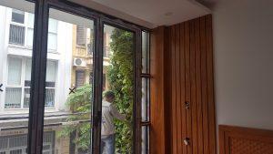 Trang trí ban công đẹp theo phong cách hiện đại cho căn hộ chung cư